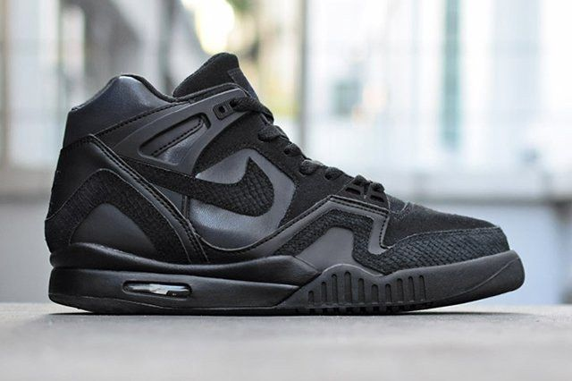 Nike Air Tech Challenge Ii All Black
