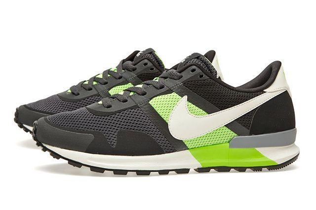 Nike Air Pegasus 83 30 Anthracite Flash Lime 3