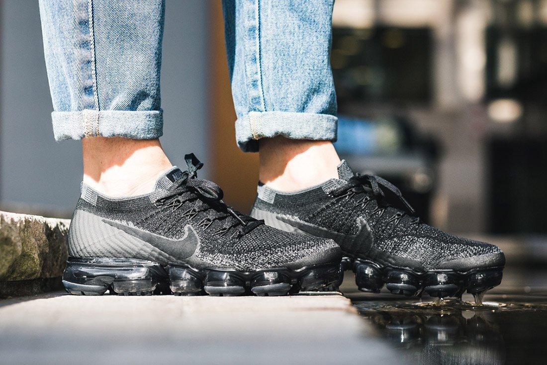 Nike Air Vapormax Black Anthracite On Feet 5