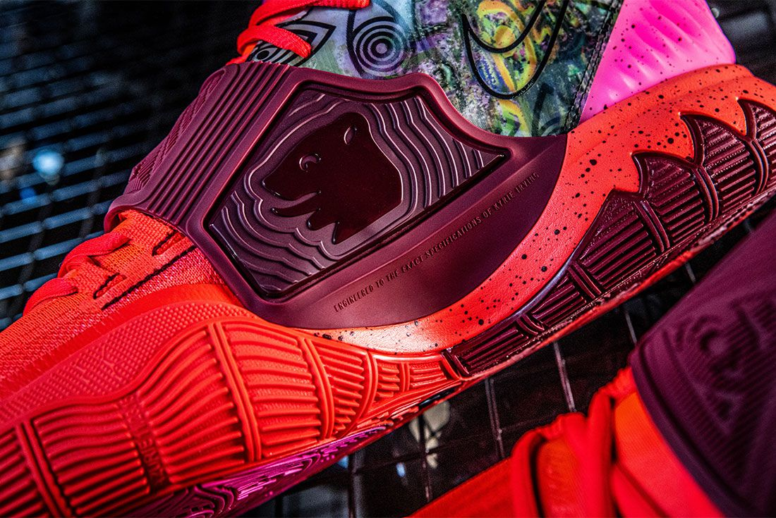Nike Kyrie 6 Berlin Left Close