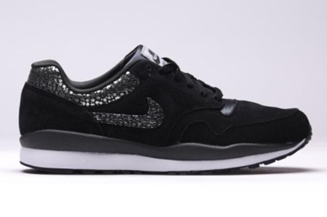 Nike Air Safari Black Anthracite 6