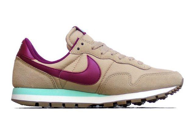 Nike Womens Fall 2013 Peg