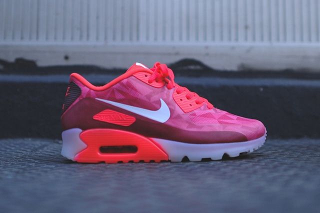 Nike Air Max 90 Ice Laser Crimson 7