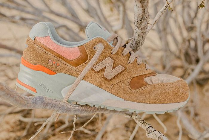 Packer Shoes New Balance 999 Tan Thumb