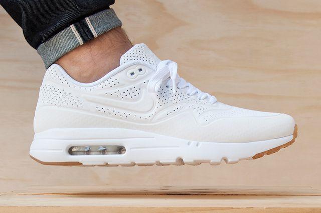 Nike Air Max 1 Ultra Moire (White/Gum) - Sneaker Freaker