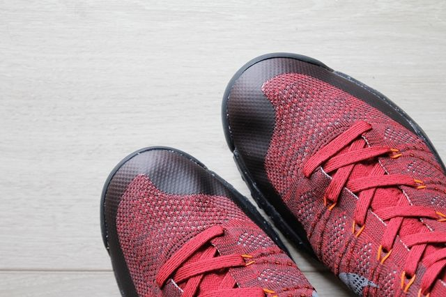 Nike Flyknit Trainer Chukka Fsb University Red 3