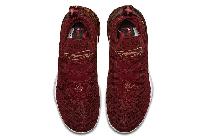 Nike Lebron 16 King Official 3