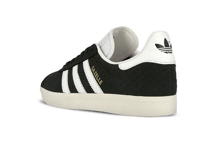 Adidas Gazelle Wmns Core Black Crystal White Chalk White 5