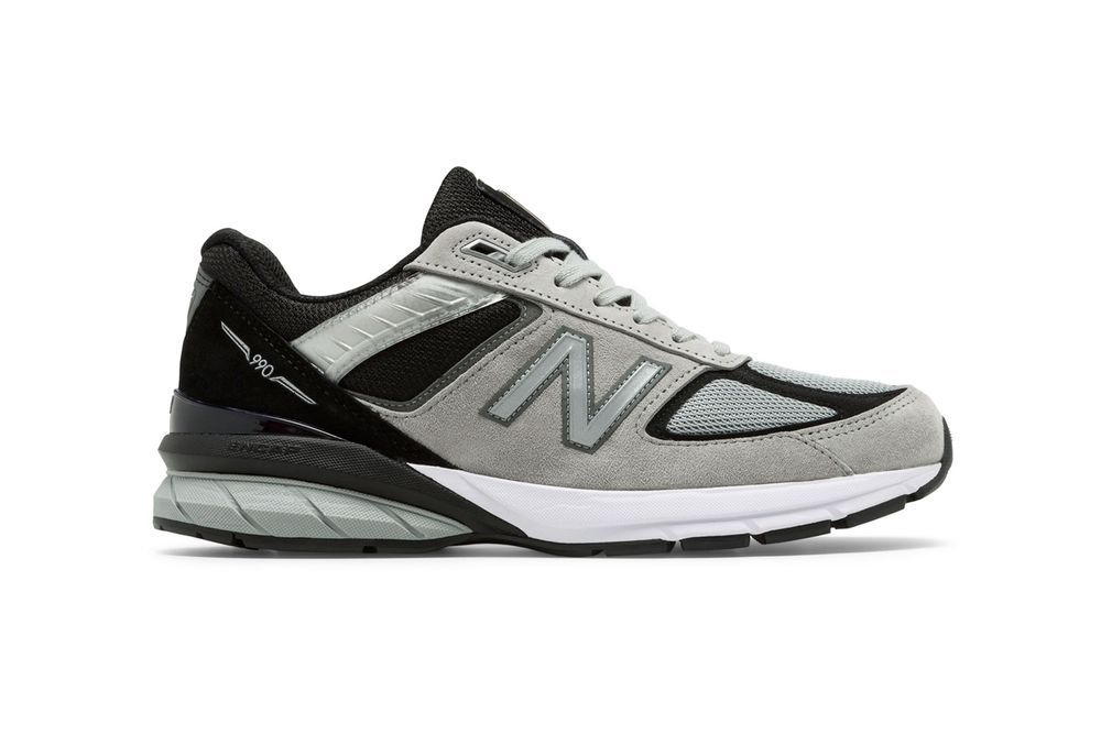 New Balance 990 Grey Right
