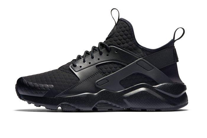 Nike Air Huarache Blackreflective 2