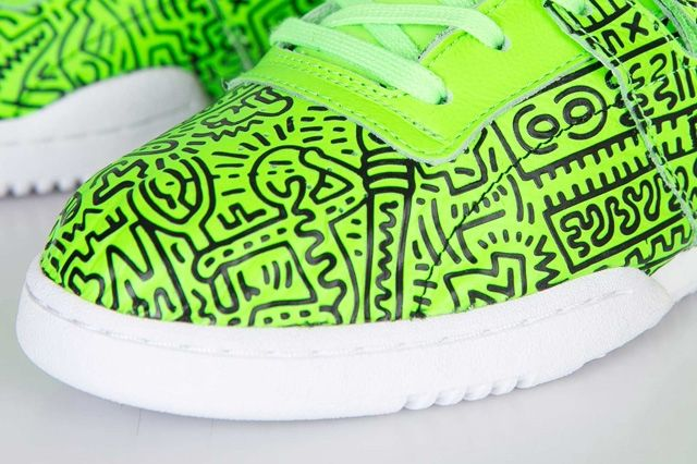 Keith Haring Reebok Classic Workout Mid Strap Neon Green 5