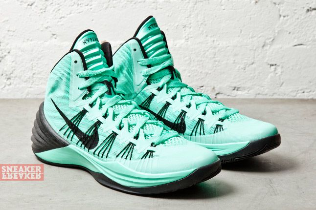 Nike Hyperdunk 2013 Green Glow 2