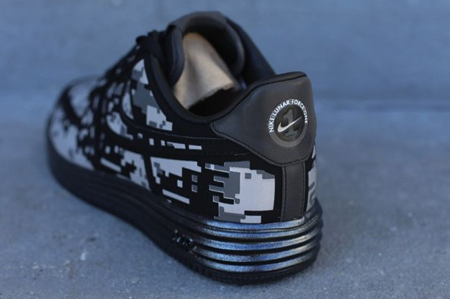 Nike Lunar Force 1 Digi Camo Heel Quater 1