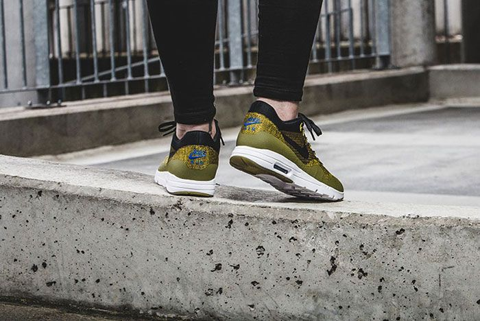 Nike Air Max 1 Ultra Flyknit Wmns Olive 12