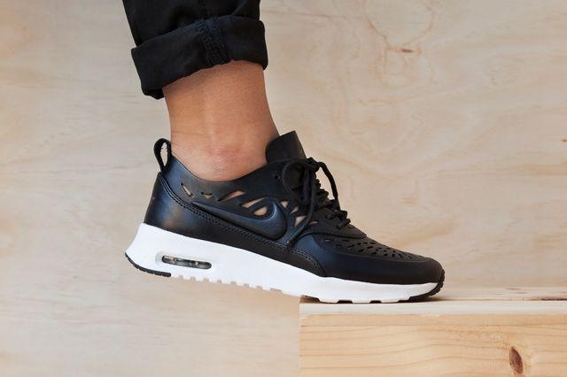 Nike Air Max Thea Joli Black White Pack 2