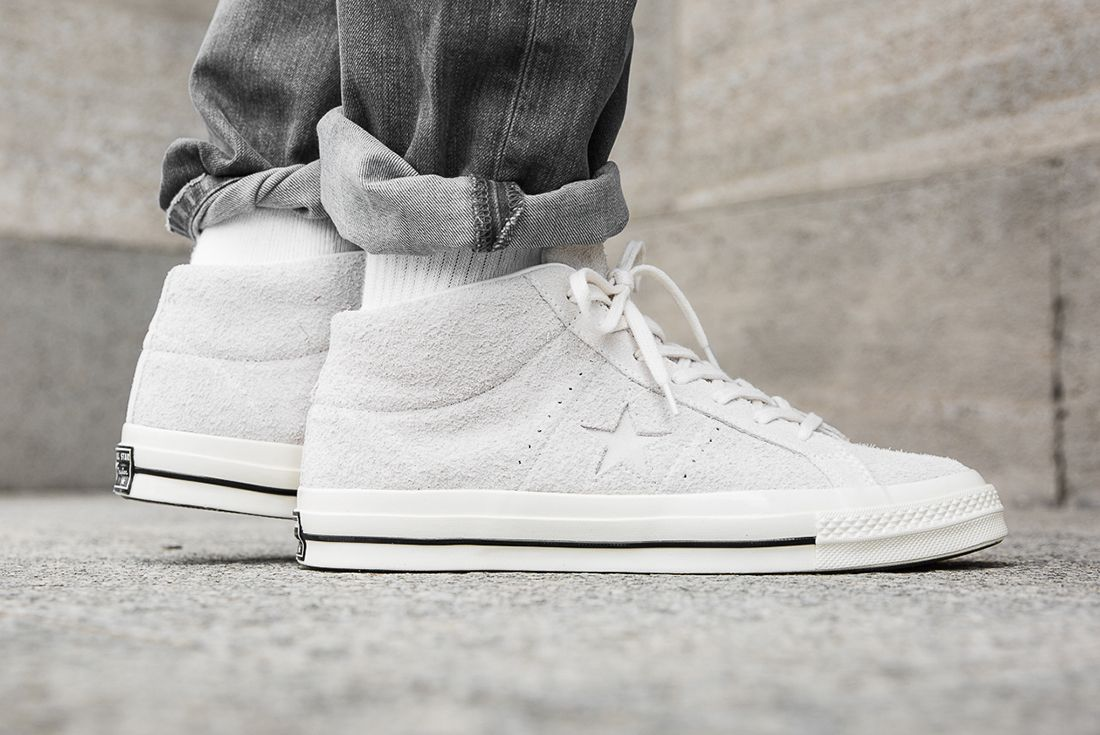Converse One Star Mid 3