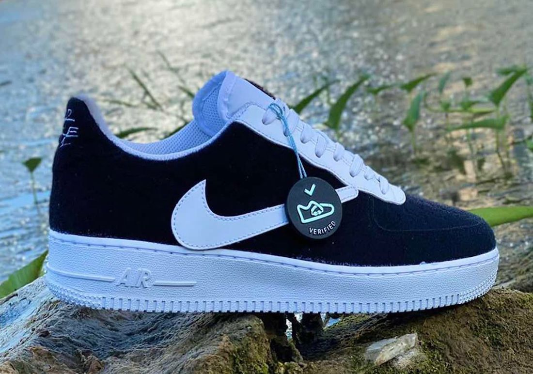 Nike Air Force 1 Velcro Uppers