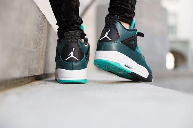 Air Jordan 4 Teal On Foot 7