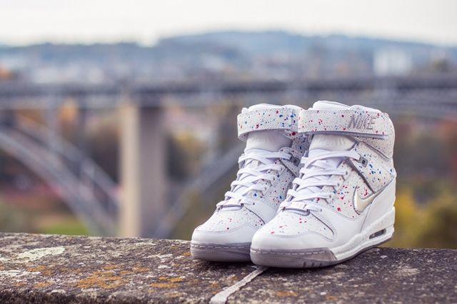 Nike Wmns Air Revolution Sky Hi City Pack Paris 4