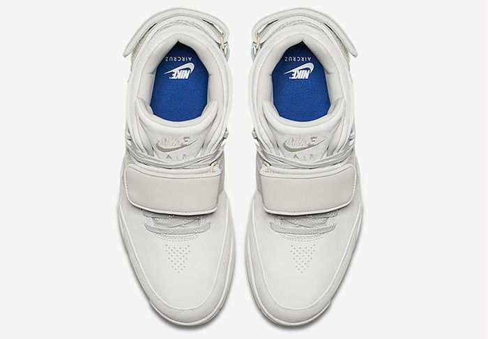 Nike Air Trainer Cruz Light Bone 6