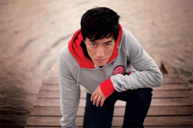 Liu Xiang Nike Sportswear 2010 Holiday 2 1