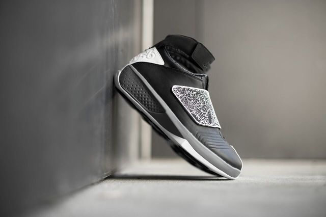 Air Jordan 20 Black White Bump 3