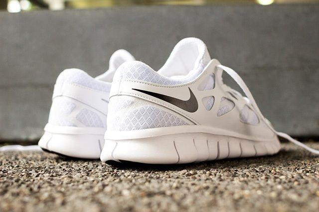 Nike Free Run 2 White Out 3