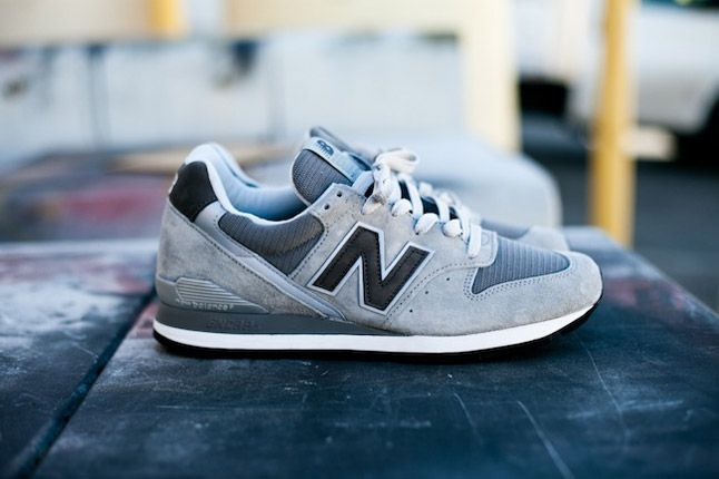 New Balance M996 996Gl Feature Sneaker Boutique Profile 1