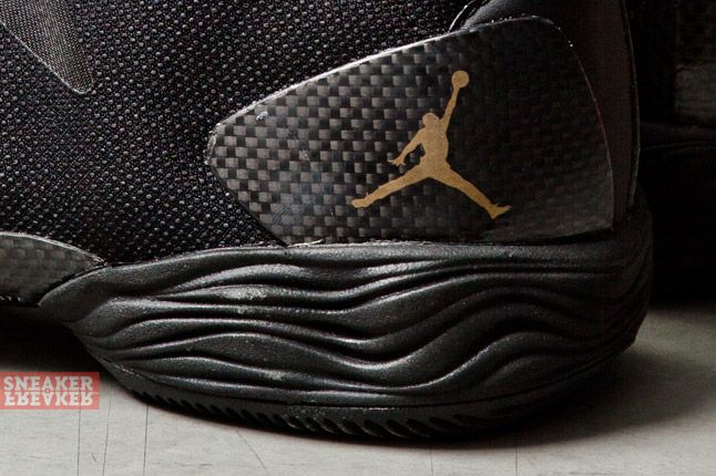 Air Jordan Xx8 Lite Black Metallic Gold 1 Det