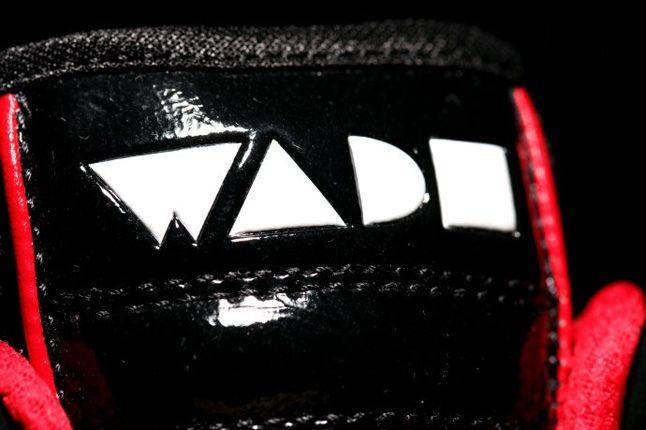 Li Ning Wade Black Red Tongue 1