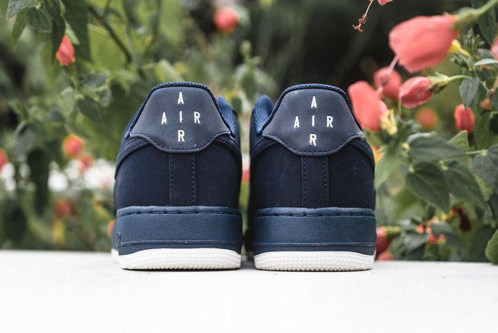 Nike Air Force 1 Obsidian 1