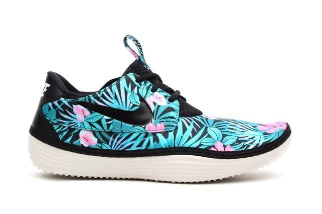 Nike Solarsoft Moccasin Sp Tropical Floral Pack Blue Pink Profile 1