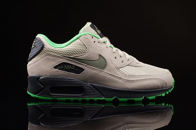 Nike Am 90 Poison Green Bumper 2