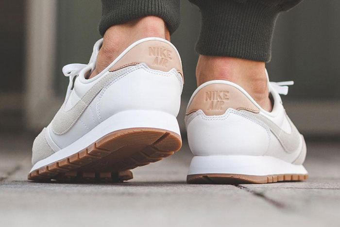 Nike Air Pegasus 83 Premium White Grey 2