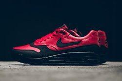 Nike Am1 Ltr Gym Red Politics Bumper Thumb