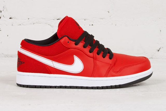 Air Jordan 1 Low University Red