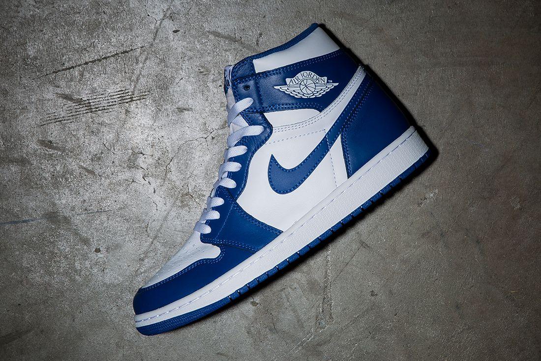 Air Jordan 1 Storm Blue11