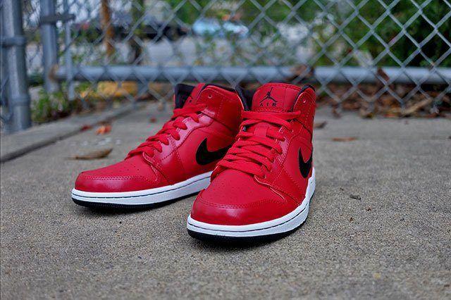Air Jordan 1 Gym Red 2