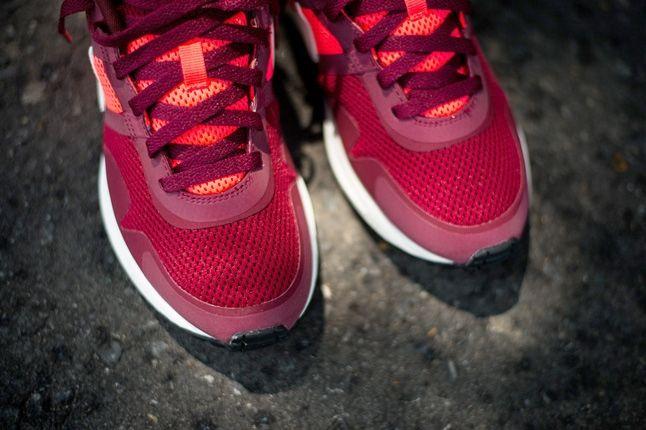 Nike Air Pegasus 8330 Teamred Atmcred Toe Profile 1