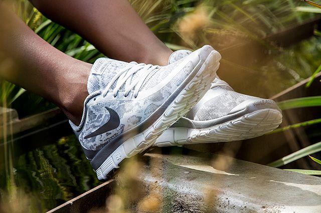 Nike Free 5 0 White Silver 2
