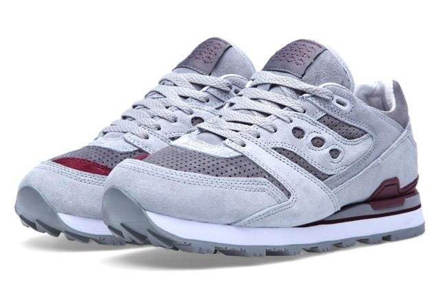 White Mountaineering X Saucony Courageous Angle 1