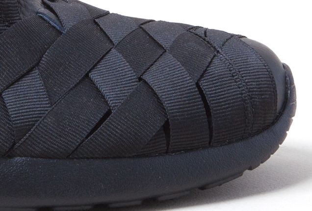 Nike Roshe Run Woven Blk Toes 1