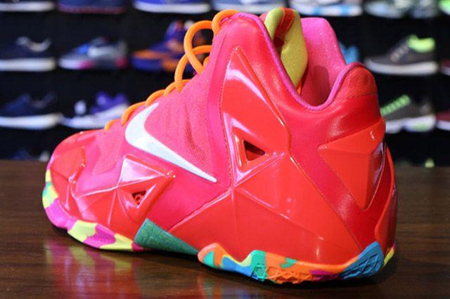 Nike Lebron 11 Gs Laser Crimson Heel