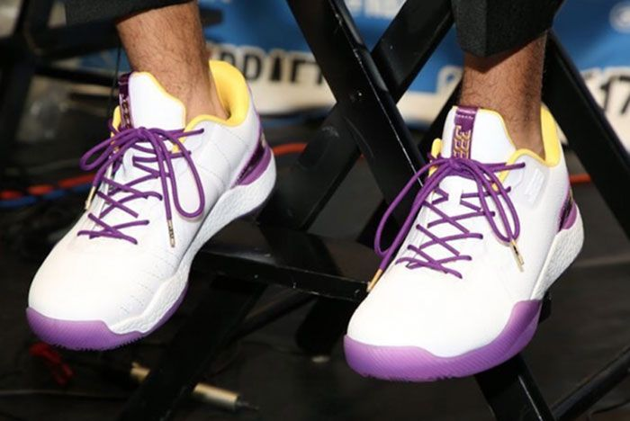 Big Baller Brand Zo2 Lakers Shotime Release Date On Foot