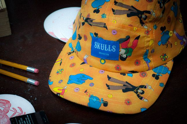 Skulls Yellow Submarine 5 Panel Detail Front 1