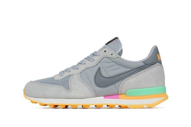 Nike Internationalist Cool Grey Candy 1