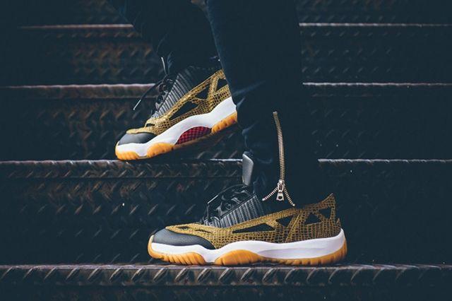 Air Jordan 11 Ie Low Snakeskin 2