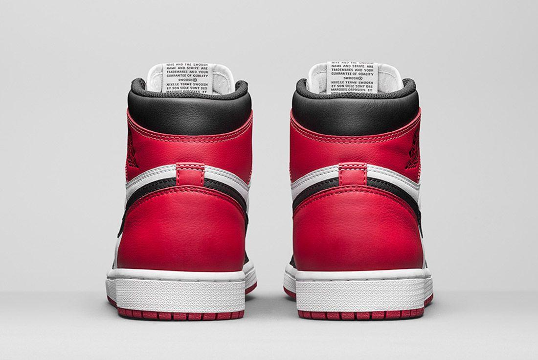 Air Jordan 1 Blck Toe 4