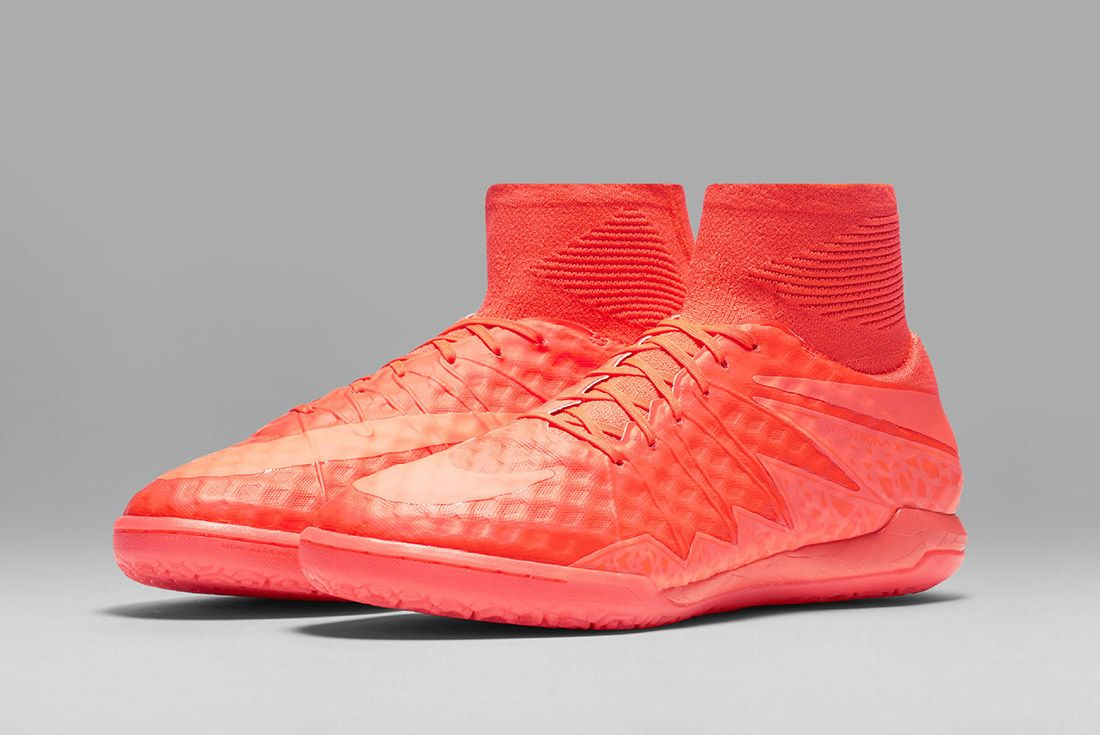 Nike Floodlights Glow Pack Hypervenomx Red 2