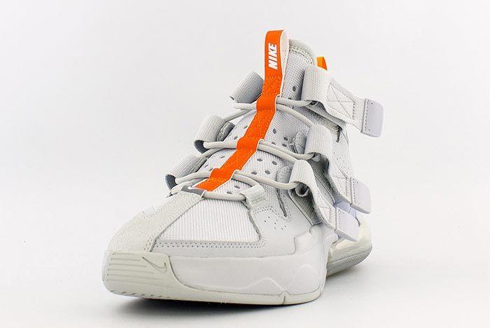 Nike Air Edge 270 Aq8764 002 Front Angle Shot 3